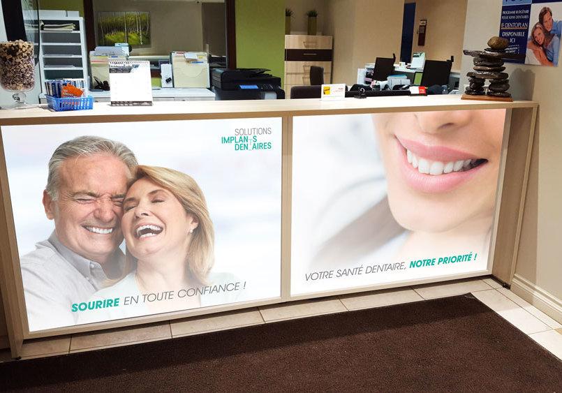 Impression et installation de vinyle pour la clinique Dentaire Pierre Martin